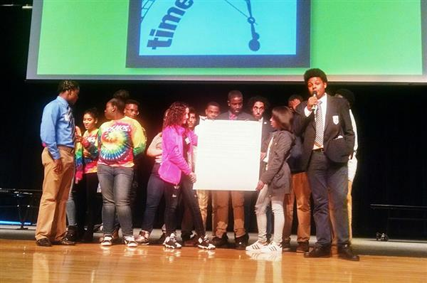 Students participate in Roc 2 Change event